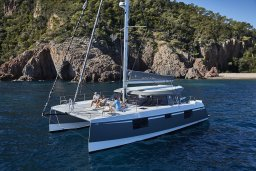 EVASION YACHTING, devient distributeur des catamarans NAUTITECH dans le sud de la France